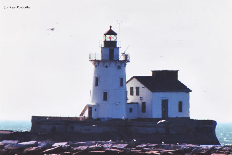 Photo of the Cleveland West Breakwater Lighthouse.