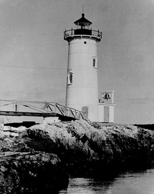 U.S. Coast Guard Archive Photo of the 1804 Portsmouth Harbor Lighthouse