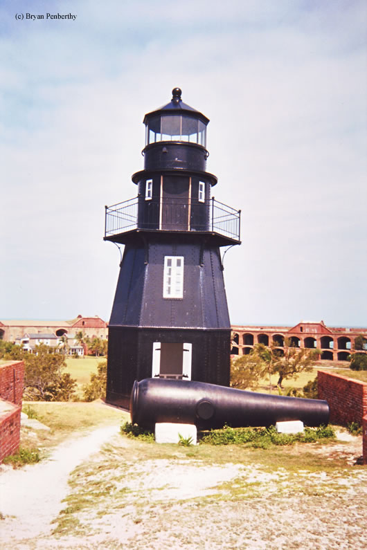 Photo of the Garden Key Lighthouse.