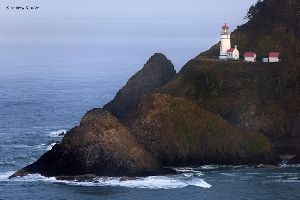 Beautiful photo of the Heceta Head Lighthouse.