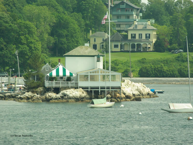 Photo of the Ida Lewis (Lime Rock) Lighthouse.