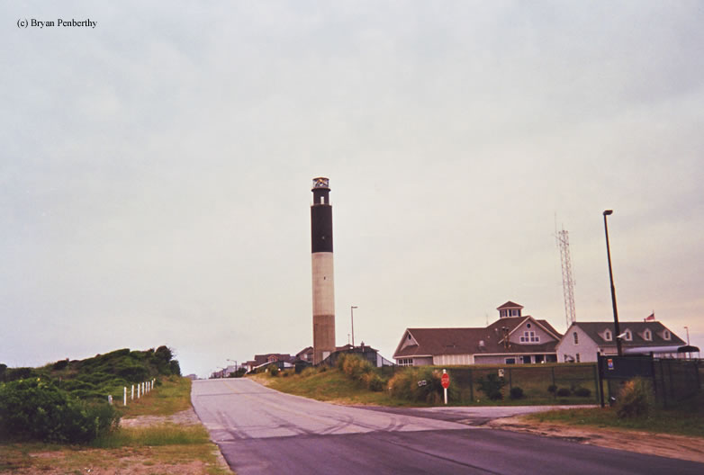 Photo of the Oak Island Lighthouse.