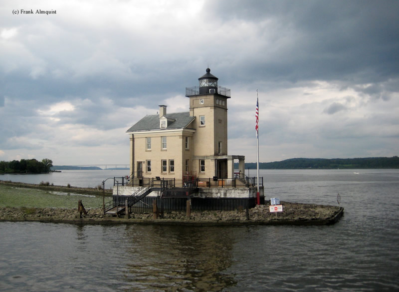 Photo of the Rondout Creek (Kingston) Lighthouse.